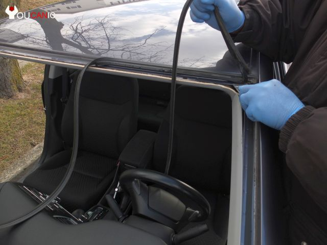 how to change windshield on a car