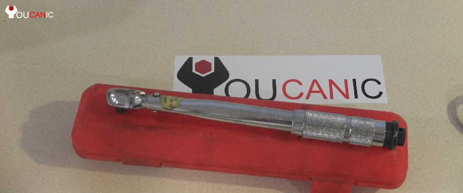 torque wrench tools you need to fix cars yourself