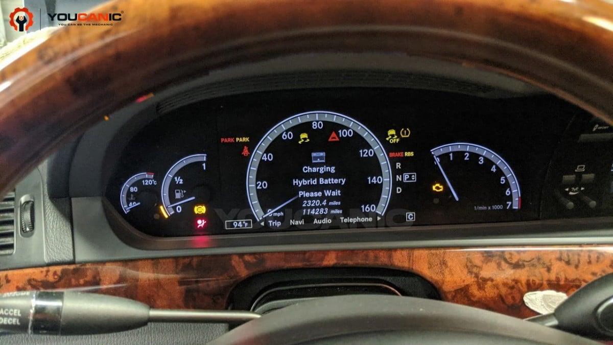 Mercedes hybrid battery charging