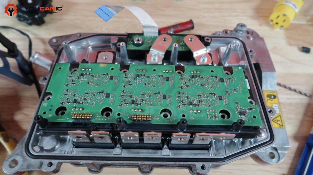 Mercedes power electronic module