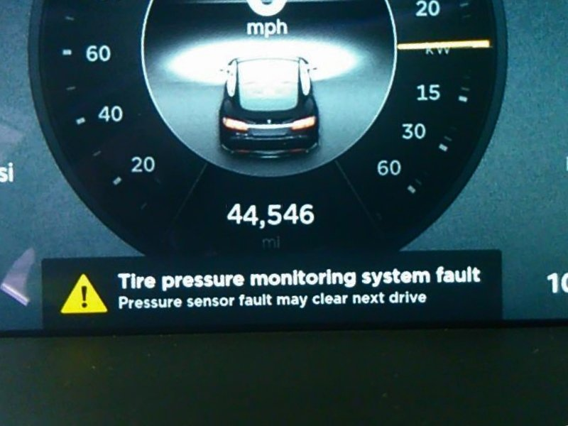 Tesla 3 X S recommended tire pressure