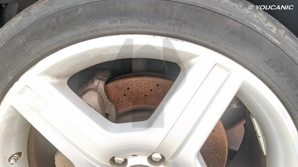 Rusted rotors while car parked during quarnatine pandemic