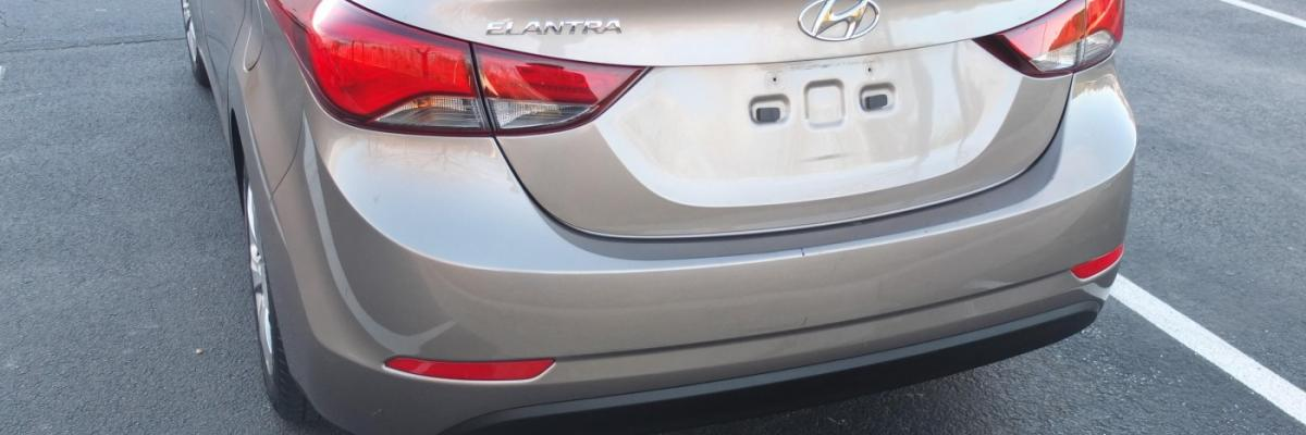 Hyundai Entrant Tail Light Assembly Replacement