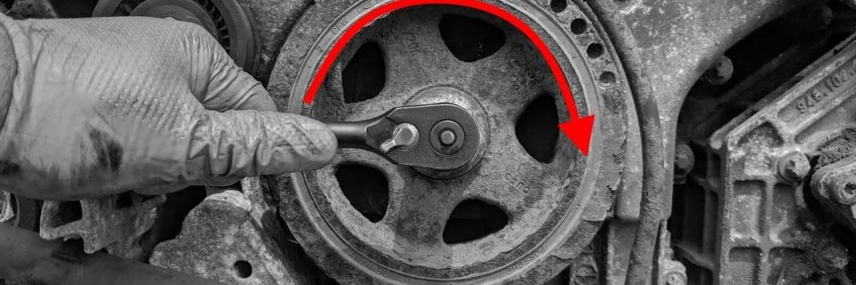 How to Turn Crank Porsche Engine by Hand