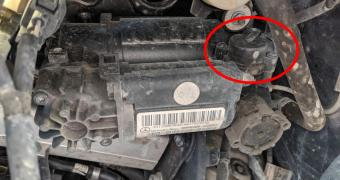 Mercedes Air Suspention Release Valve Problems and Replacement