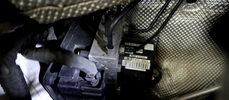 Troubleshooting VW ABS Light On