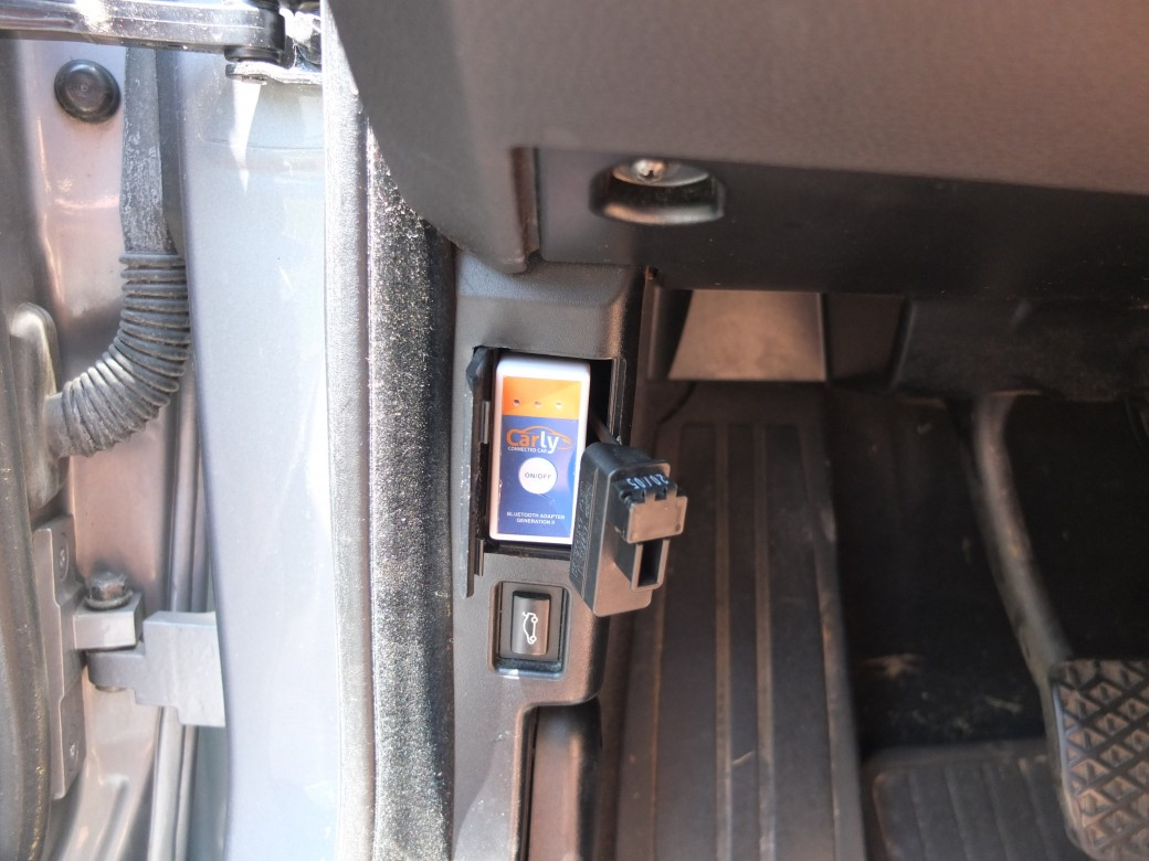 Bluetooth OBD2 Adapter for BMW