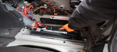 How to change BMW battery